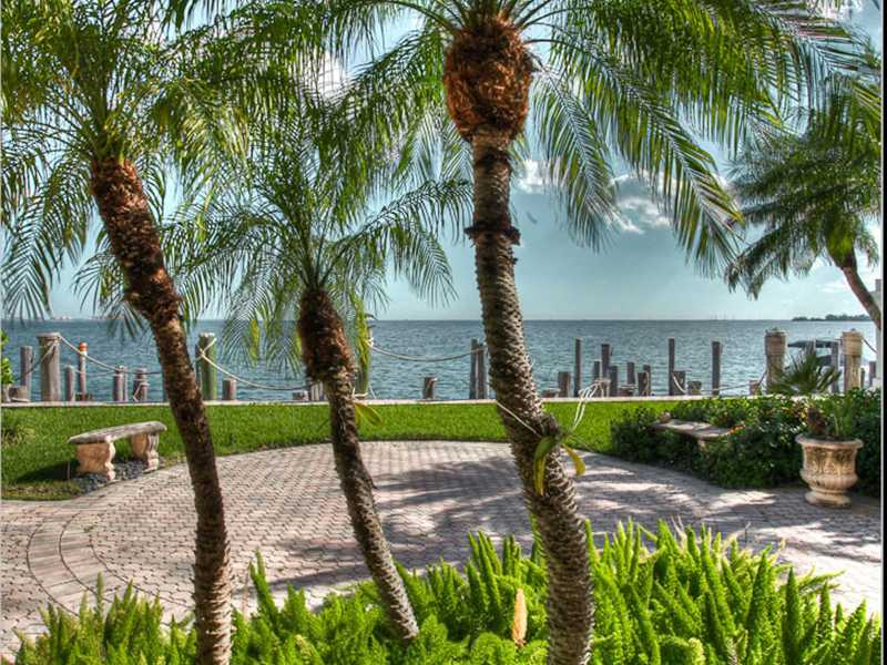 3528 Bayshore Villas Dr. Water View